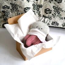 Kicsi nyúl dobozban - piros