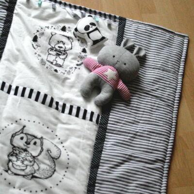 babaszoba játszószőnyeg