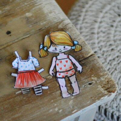 papír öltöztetős játék